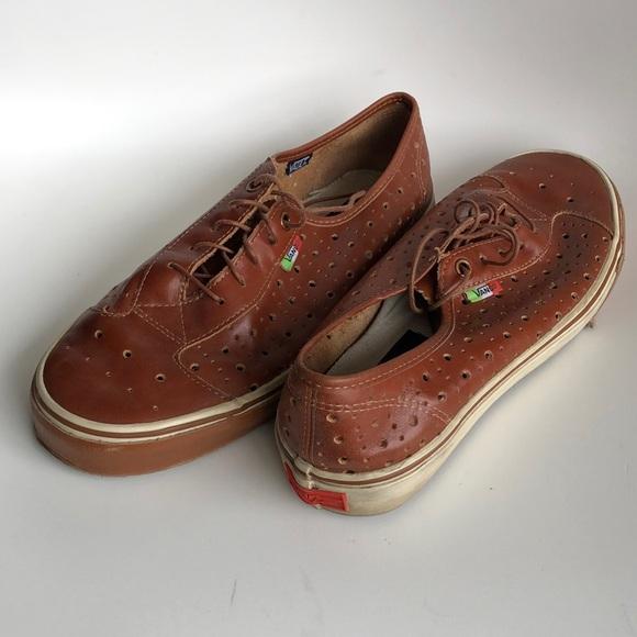 aa3af37b2 Vans Vault Supercorsa x Cypress sneakers. M_5ce2f6f08d653d574ec44cfc